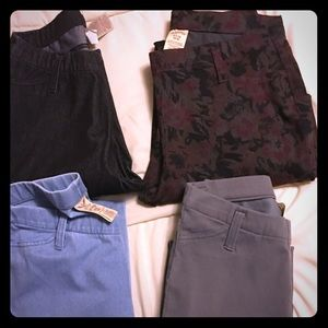 Lot of 4 jegging size 4/6 and 0/2 Nwot